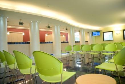 La sala d'attesa di uno dei centri diagnostici del gruppo VE.DI.
